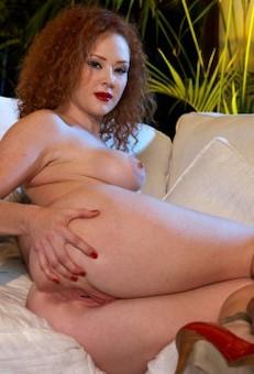 Audrey Starlet análny sex videá