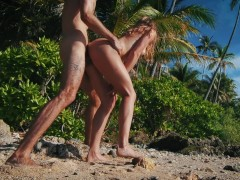 Quickie in Paradise! it was way too Hot to Fuck! - Amateur Couple LeoLulu