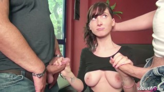 Erotická masáž dvoch kočiek
