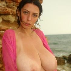 Black girls sexy boobs