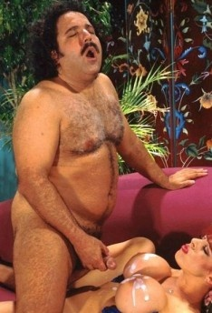 free-porn-videos-porn-movies-deer-hunter-fuck-it-scene