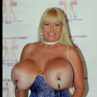 Kayla kleevage porn