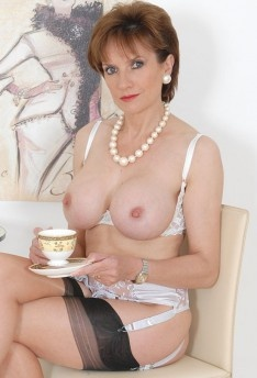 Naked grownup milf lady sonia video pictures tits