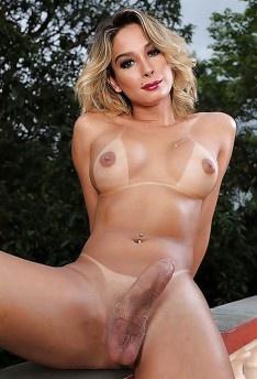 Superstar Kalena Nude Scenes