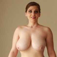 jessica busty amateur boobs sex