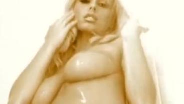 Anita Dark Sensual Shower