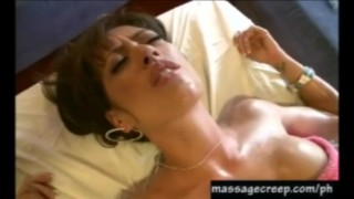 Pervert masseuse bangs hottie