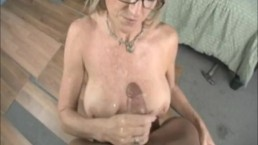 Slut bag wants the sevice man to service her fuck throat.