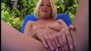 Ass Feast - Scene BTS porno