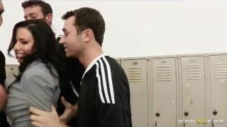 Busty sports journalist Veronica Avluv gang-banged in locker room
