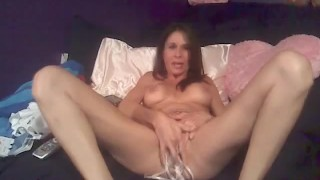 Inserting her Thongs inside her Pussy HD