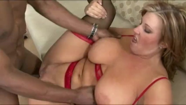 females licking females pussy