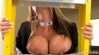 Slutty blonde maid Kristal Summers gives an amazing suck & fuck Shaved brunette