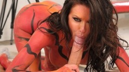Stunning big-tit model Veronica Avluv fucks her photographer