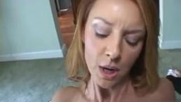 Granny squirting porno video