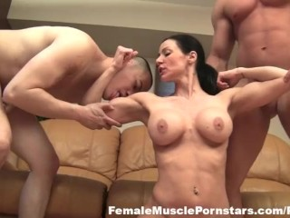 kendra-lust-gets-fucked-and-muscle-worship