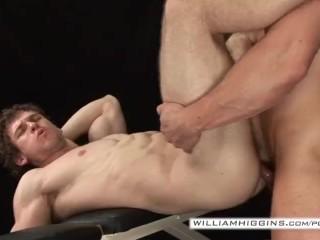 Bodybuilders sex 2...