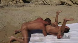 Hot hung muscle jocks fuck on the beach. Jessy Ayers. Mitchell Rock