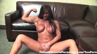 Nikki Jackson Gets Herself Off porno