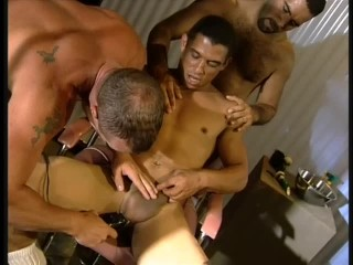 Asian With Big Cock Asian did a client a massage and got his big cock in her mouth, Free