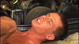 Muscle Car Club 02 - Scene 1