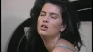 Romancing Raven - Scene 2 porno