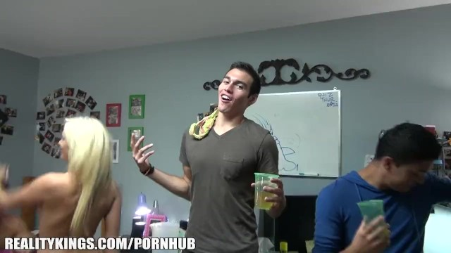 College Dorm Porn hub