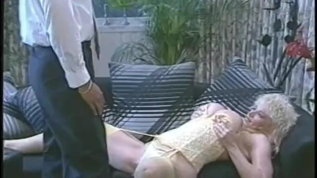Savanah porn star with tony montana movie - Chessie moore - scene 3