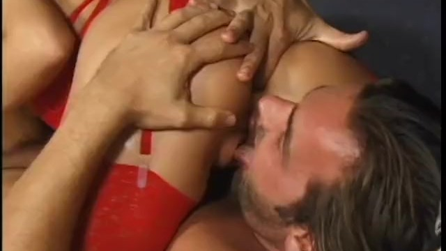 Twisted tits pull Butt busters - scene 6