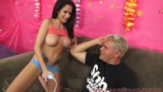 Randi Wright Squirts With 4 Fingers In Her Pussy