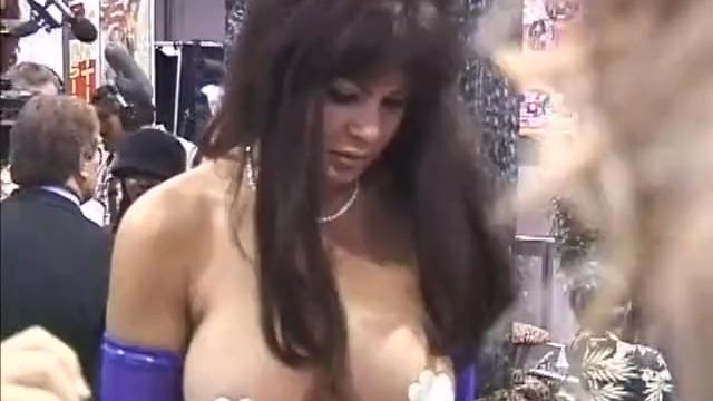 Xl lingerie in las vegas Girls going crazy in las vegas 02 - part 2