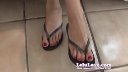 Lelu Love-Red Nails Flip Flop Feet