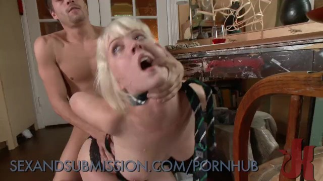 Submissive slutty wife