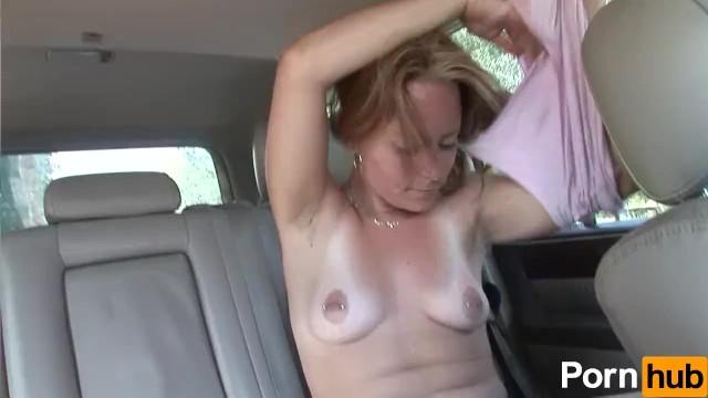 ревела хотела дрочит на заднем сиденье поймали трахнули