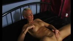 Skinny blonde cougar masturbates and cums