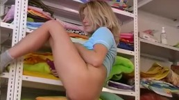 Cute Teen Gets Off With Dildo