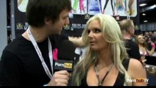 Marie  pornhubtv exxxotica at interview phoenix exxxotica porn