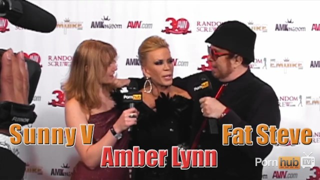 PornhubTV Amber Lynn Red Carpet Interview at 2013 AVN Awards