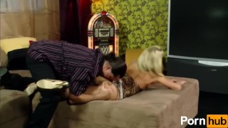 Blonde With Great Ass Does Anal