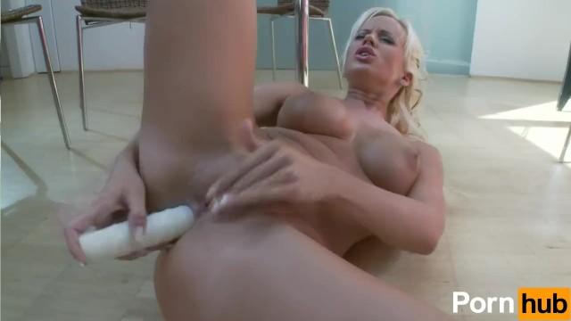 Cindy Dollar Masturbates - 15