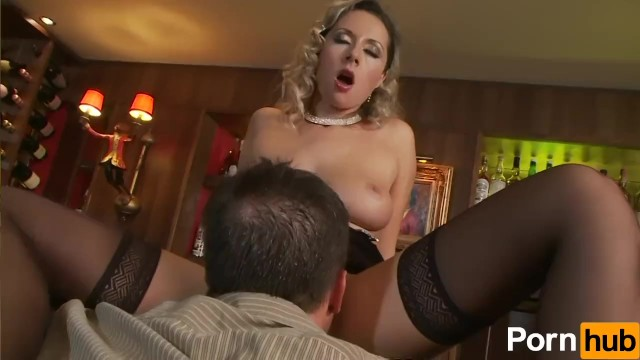 Daria Glower Takes It In The Ass - 4