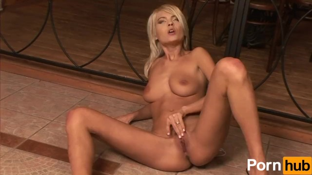 Jasmine Rouge Masturbates With Dildo - 7