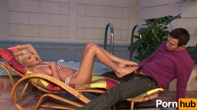 Jasmine Rouge Uses Her Feet To Jack Off A Cock - 4