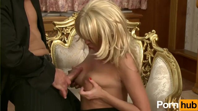 Beautiful Blonde With A Body To Die For - 6