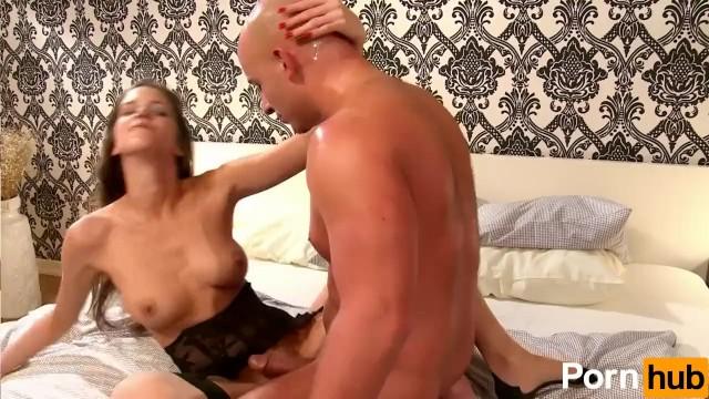 Silvie Deluxe Pops Up Her Butt - 16