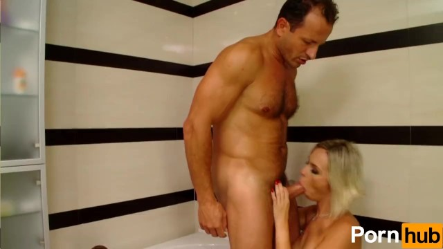 Babe Sucks And Fucks Cock Like It's The End Of The World - 4