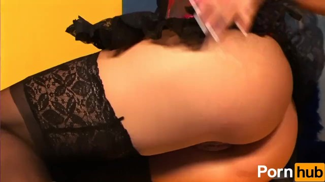 Smokin' Hot Blonde Masturbates - 3