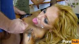 Ginger Hell motivates her employees the easy way