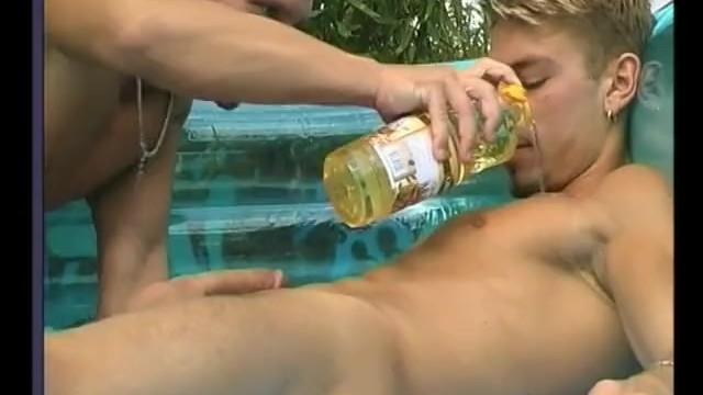 Gay men tanning outdoors Jocks outdoor oiled ass sex