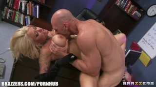 Slutty blonde paitent begs her doctor to give her some hard dick Heels brunette